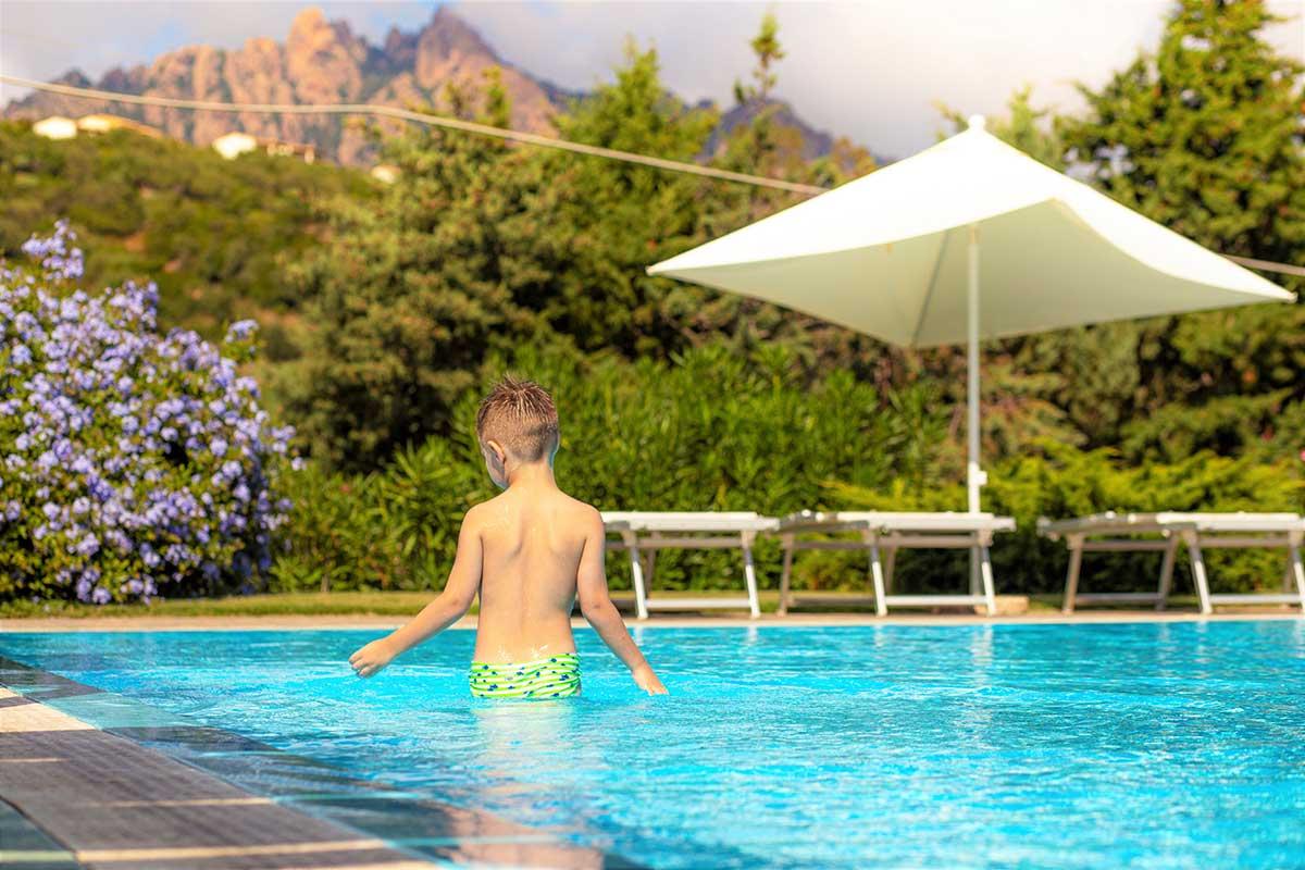 kid-swimming-pool